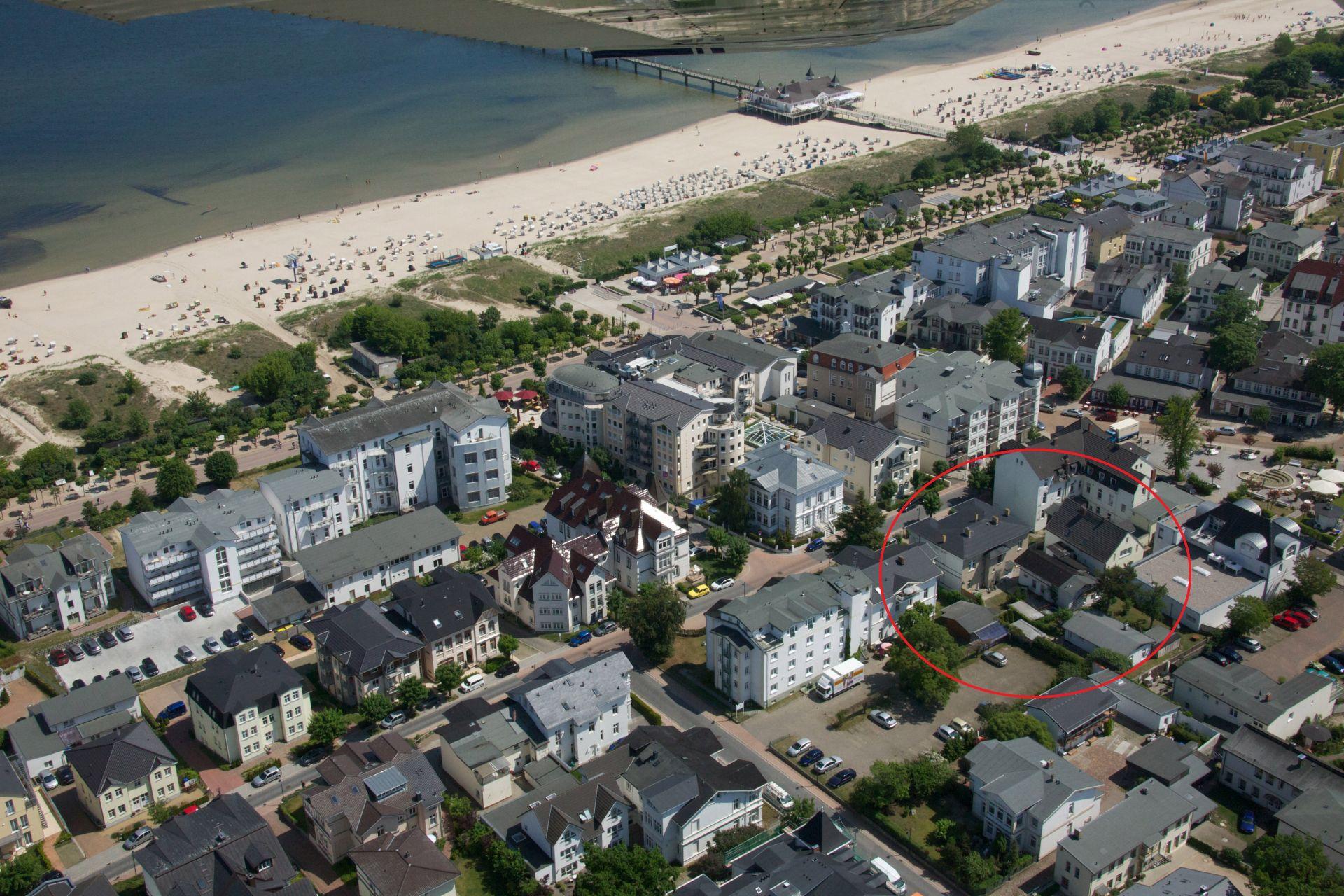 1.3 Luftbild Ahlbeck mit Markierung Aufnachusedom Ferienwohnung Ferienhaus und Meehr Ahlbeck Bansin Usedom Insel 8 - Ferienhaus Ahlbeck