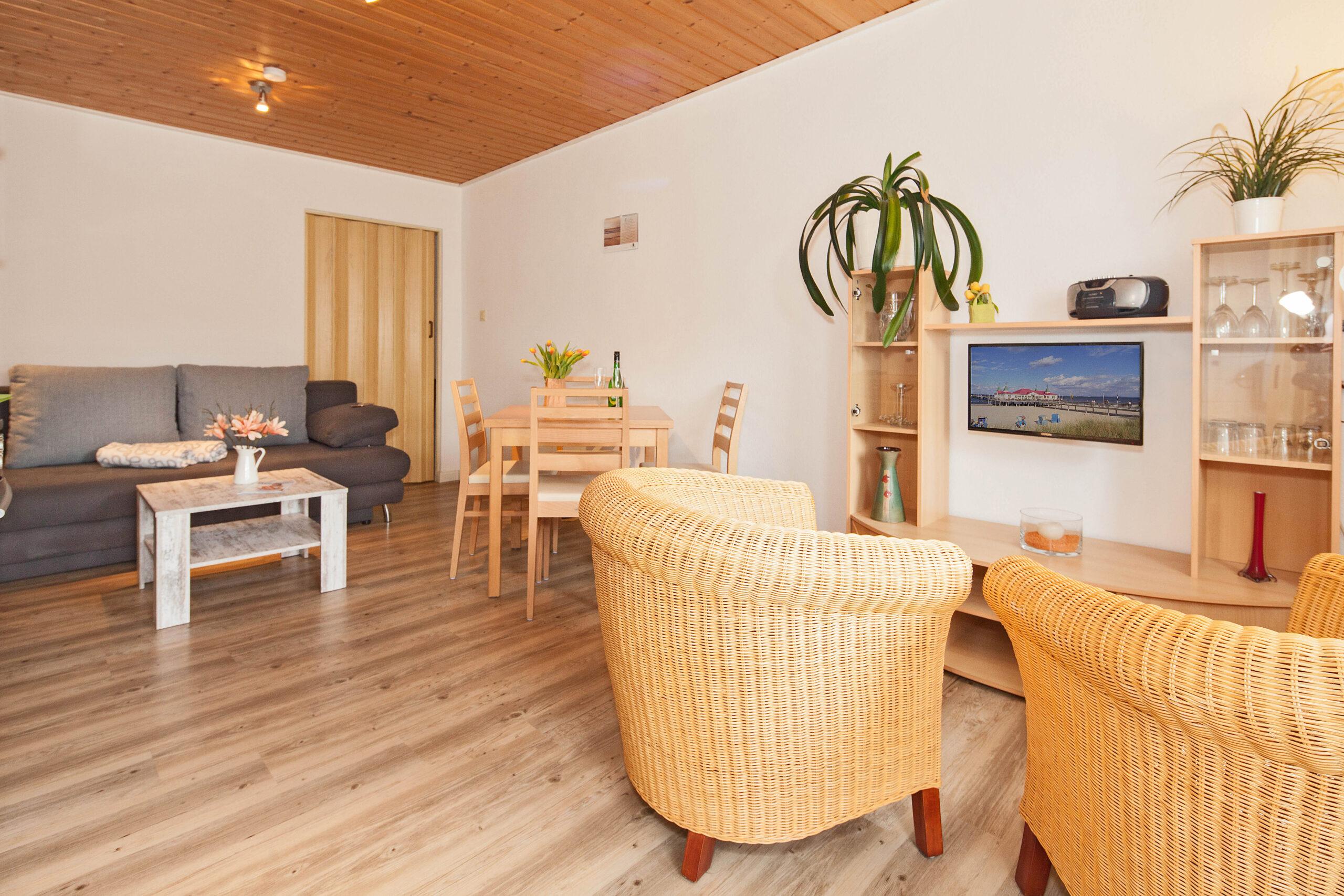 """Gartenhaus der """"Villa See-Eck"""", Ferienwohnung Erdgeschoss, Innenansicht"""